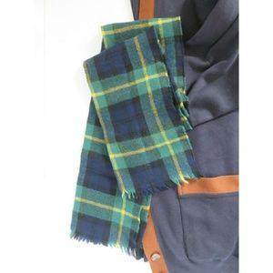 Vintage Tartan Plaid Print Soft Wool Scarf Blogger